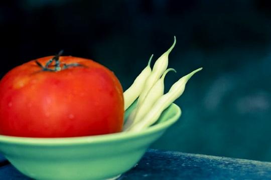 Paradicsomos zöldbab